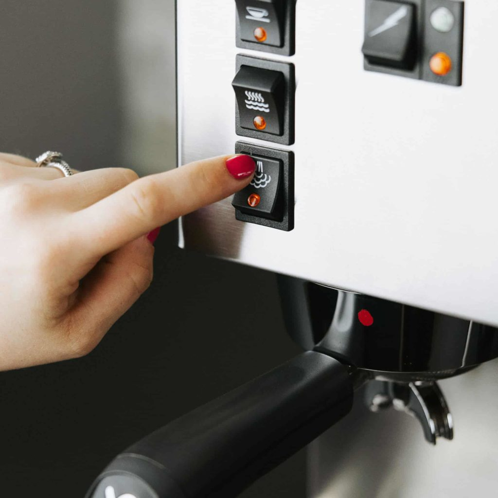 use the steam wand to steam the milk with the Rancilio Silvia